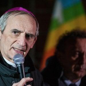 Il vescovo al centro sociale, stasera Zuppi parla del Papa al Tpo