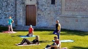 Canti e poesia degli uccelli,  yoga, calanchi a sei zampe: il weekend nei dintorni di Bologna