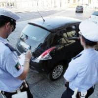 Bologna, due giovani denunciati per scritte sui muri