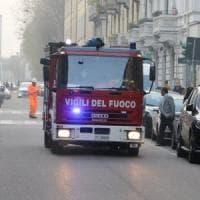 Bologna, fiamme in appartamento: palazzina evacuata