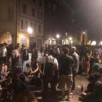 Bologna, la festa del 25 aprile al Pratello. Al Crusel: