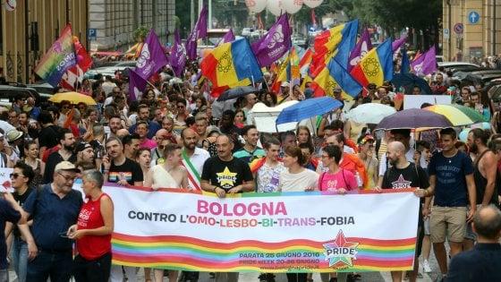 Discriminato perchè gay? A Bologna parte il censimento sui casi di omofobia
