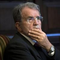 Bologna, furto in casa di Romano Prodi: due nomadi sospettate