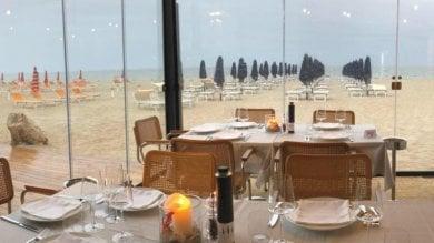 Milano Marittima, cameriere restituisce bracciale da 50 mila euro lasciato al tavolo