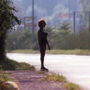 """In Emilia-Romagna 2500 prostitute in strada. Il Pd: """"Punire i clienti"""""""