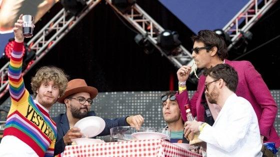 Bologna, intesa raggiunta: salvi il Guasto Village e il concerto de Lo Stato Sociale