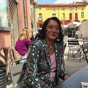 Imola va al ballottaggio, sfida al femminile tra Pd e Cinque stelle