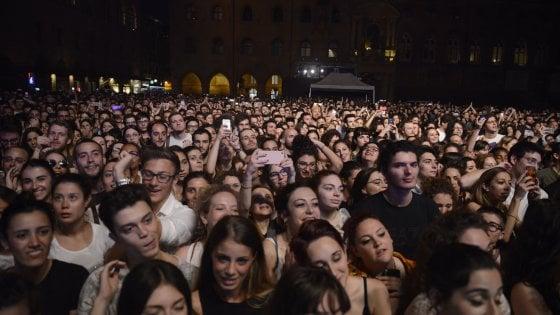 Bologna, lo Stato Sociale attacca Salvini