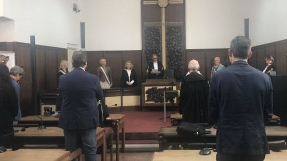 Forlì, sedicenne suicida che accusò i genitori: condannati entrambi