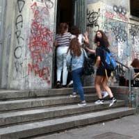 Faenza, insulti a un professore: 17enne indagato per minacce