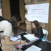 La protesta in ateneo a Bologna dei maestri con la laurea