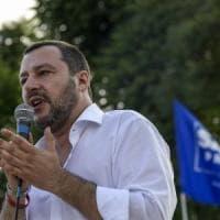Bologna, i collettivi tornano in piazza contro
