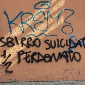 """Scritta contro il poliziotto suicida, il pm: """"Disumani, li prenderemo"""""""