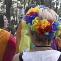 Romagna, figli coppia gay: sindaco blocca e chiede a Salvini cosa fare