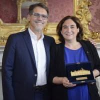 La Turrita d'oro di Bologna per la sindaca di Barcellona: