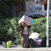 Bologna, sgombero in un capannone di via Zanardi
