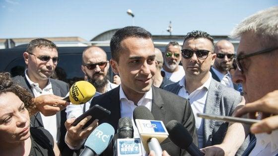 """Crisi, il ministro Di Maio alla ex Bredamenarini di Bologna: """"Lo Stato pronto a intervenire"""""""
