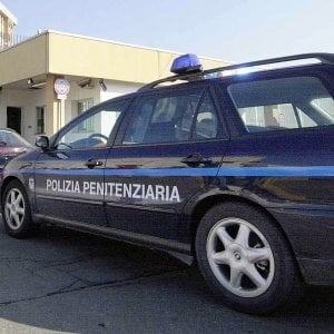 Bologna, due agenti aggrediti nel carcere della Dozza