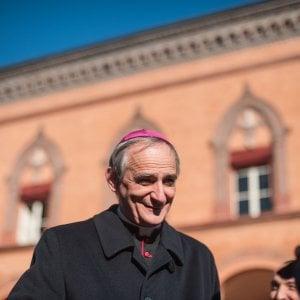 """""""Caro Zuppi ci scusi, l'Italia non è questa"""": oltre cinquemila firme alla lettera per il vescovo di Bologna nel mirino della Lega"""