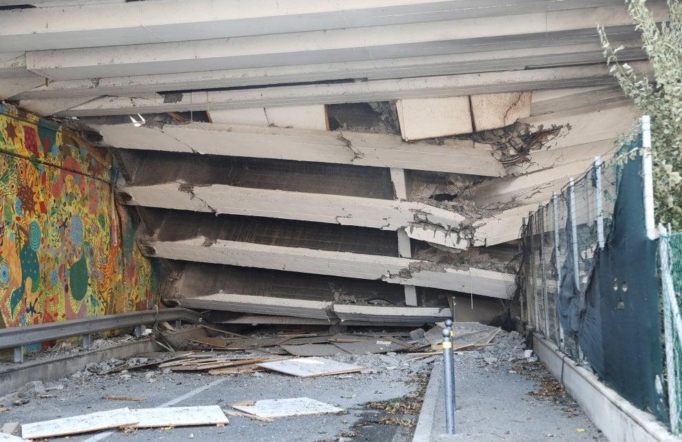 Esplosione a Bologna: le immagini del ponte crollato e dei soccorsi