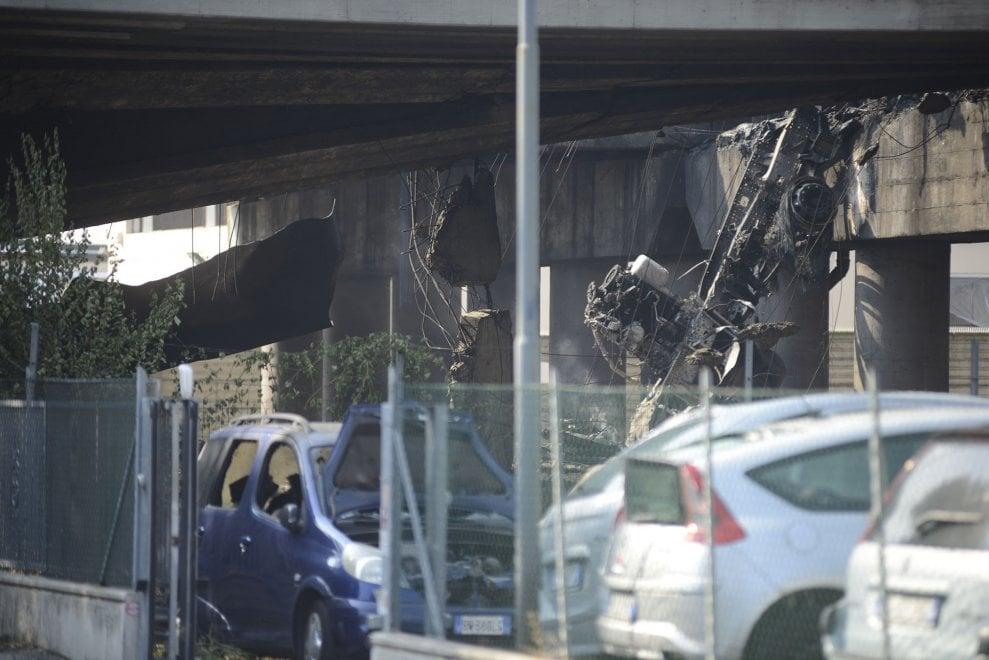 Esplosione a Bologna: un quartiere devastato