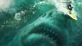 """Oggi al cinema: la programmazione completa a Bologna e provincia  """" Shark - Il primo squalo"""":   l'adattamento dal romanzo di Steve Alten """"Meg"""""""