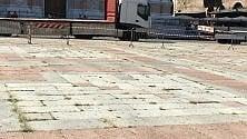 Sorpresa, cresce l'erba  in Piazza Maggiore
