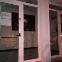 Rimini, l'hotel è chiuso ma accetta prenotazioni: turisti truffati