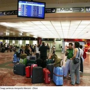 Pilota ubriaco, volo Tirana-Bologna ritardato cinque ore