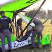 Reggio Emilia, marito e moglie cadono col deltaplano