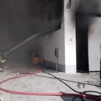 Reggio Emilia, incendio in un'azienda. Il Comune:
