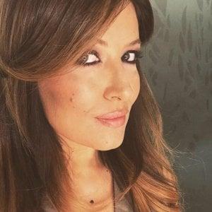 """Selvaggia Lucarelli denunciata per stalking da una mamma di Ravenna per """"linciaggio mediatico"""""""