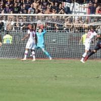Un brutto Bologna preso a testate a Cagliari: 2-0