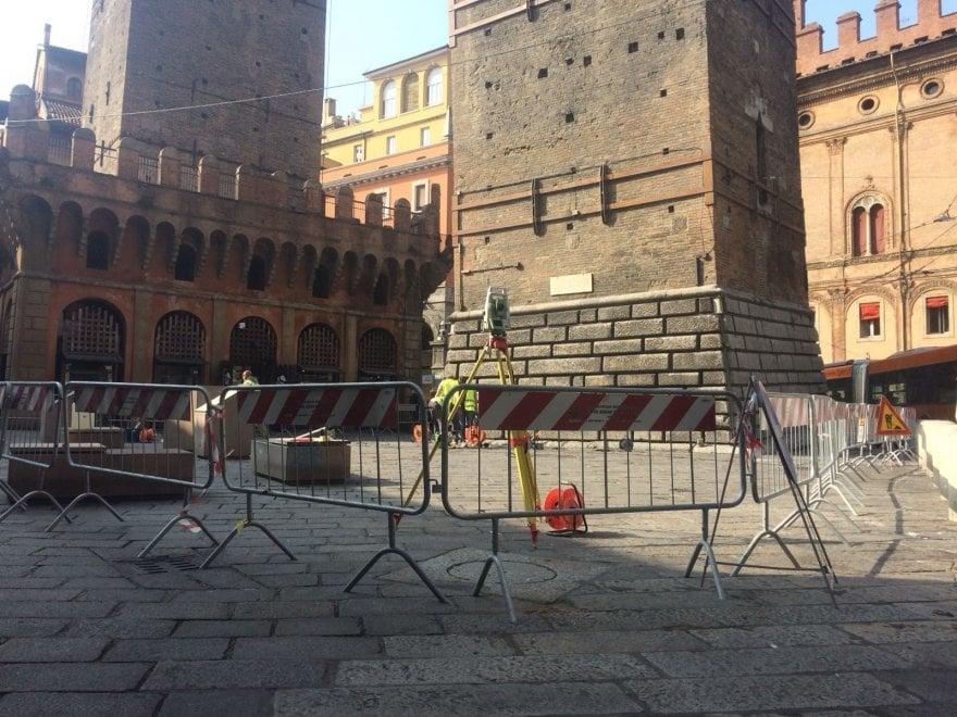 Bologna, check-up per la torre Garisenda