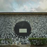 """Marzabotto, """"Pennelli ribelli"""" disegnano la Resistenza sui muri dell'ex cartiera"""