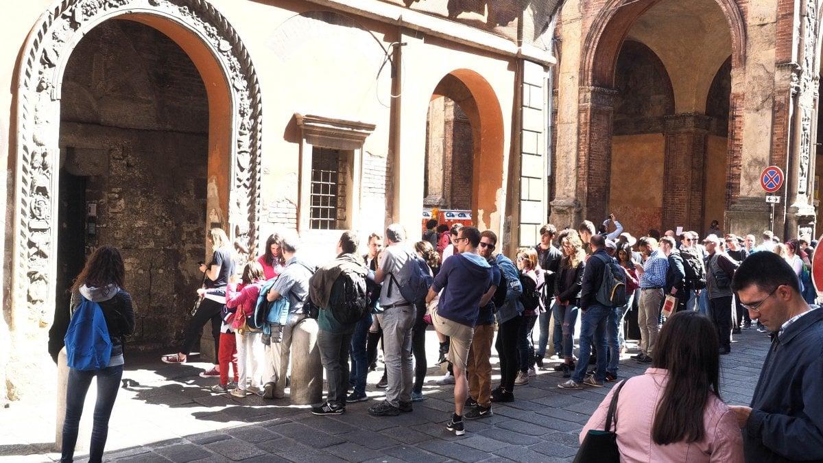 Bologna aumenta la tassa di soggiorno polemica for Tassa di soggiorno firenze