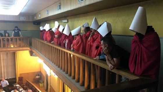 Ferrara come Verona, in consiglio comunale una mozione contro l'aborto