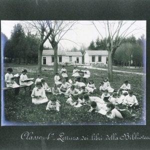 Bologna sui banchi alla luce del sole: cent'anni di scuola all'aperto in mostra al Mambo