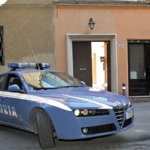 Bologna, aggredito dopo il prelievo alle Poste: polizia arresta rapinatore