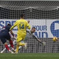 Il Bologna non sa battere neanche il Chievo, anzi rischia: 2-2
