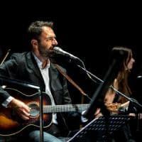 Gli appuntamenti di venerdì 16 a Bologna e dintorni: Neri Marcoré canta