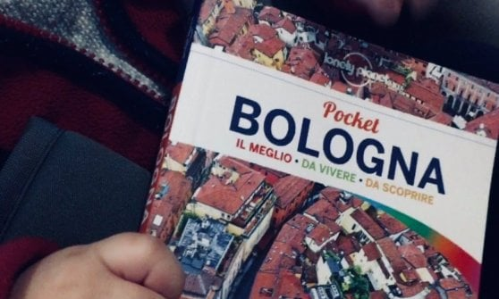 Parchi, design, botteghe e segreti da scoprire: Bologna secondo la Lonely planet