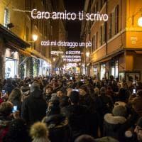 """A Bologna """"sarà tre volte Natale"""": le luminarie dedicate a Lucio Dalla (con errore corretto)"""