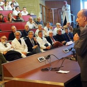 Assessore radiato, la Federazione ordini medici convoca il presidente di Bologna
