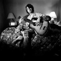 """Joplin, Morrison, Cobain e Winehouse: il """"Club 27"""", ritratti in mostra a Bologna"""