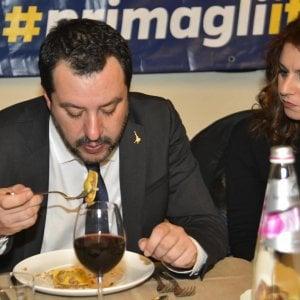 I tortellini al ragù di salsiccia di Salvini scatenano le proteste degli emiliani