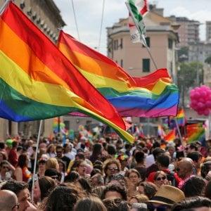 Ferrara, sindaco riconosce figlie adottive di due madri