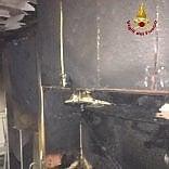 Bologna, fiamme in una residenza universitaria: evacuato lo stabile