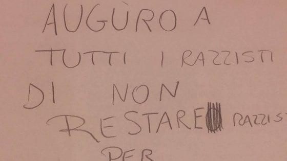 """Bologna, il tema della bambina in classe: """"Auguro a tutti i razzisti di non esserlo per sempre"""""""