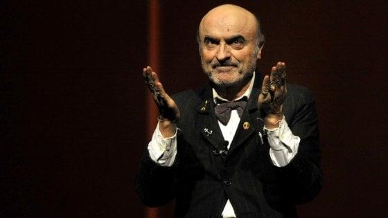 Teatro esaurito a Faenza, ma l'attore Marescotti non si presenta